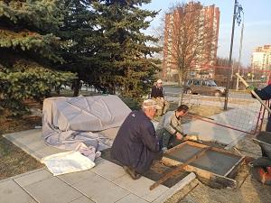 В посёлке ЛМС стартовали работы по установке памятника Герою Советского Союза