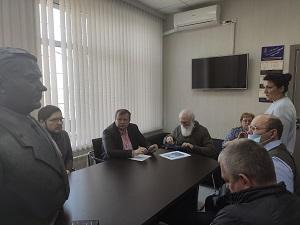 Совещание по вопросу установки памятника в п.ЛМС прошло в здании администрации