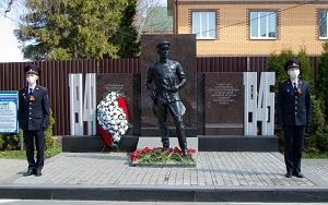 В Новой Москве полицейские почтили память погибших в годы Великой Отечественной войны