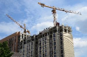 Власти Москвы введут новую недвижимость в округах