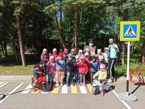 Занятия по правилам дорожного движения провели для воспитанников «Родничка»