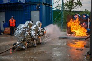 Пожарные столицы отмечают профессиональный праздник