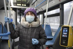 Контроль за соблюдением масочно-перчаточного режима усилят в транспорте Москвы