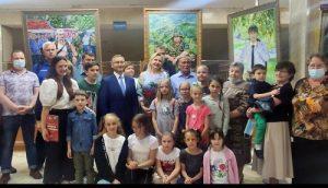 Открытие выставки картин «Имена Победы» прошло в Вороновском