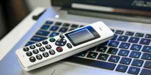 Полиция Новой Москвы предупреждает о телефонных мошенниках, которые представляются сотрудниками банков