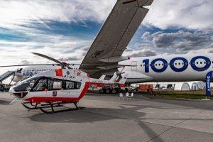 Московский авиацентр представил вертолет ВК117С-2 на XV Международном авиационно-космическом салоне