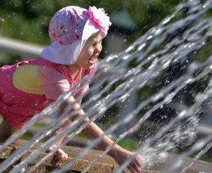 Погодную опасность объявили в Москве из-за жары