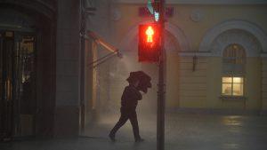 Сильный ветер и гроза прогнозируются в Москве