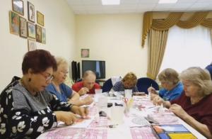 Мастер-класс по декупажу состоялся в Центре реабилитации «Ясенки»