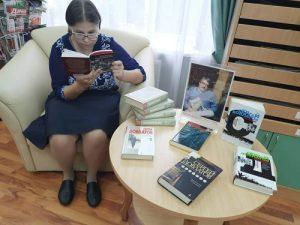 В ДК «Дружба» открылась книжная выставка к юбилею Довлатова