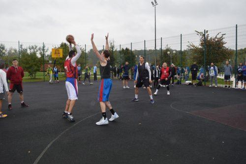 Стритболисты Вороновского приняли участие в окружных соревнованиях