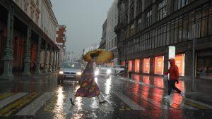 Синоптики предупредили столичных жителей о сильном дожде и ветре
