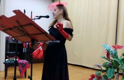 Концерт артистки московского театра прошел в Центре реабилитации «Ясенки»